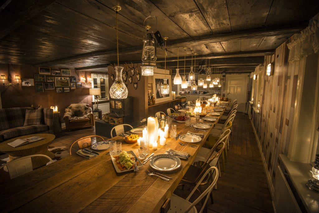 Elyx Hunting Lodge dinner table