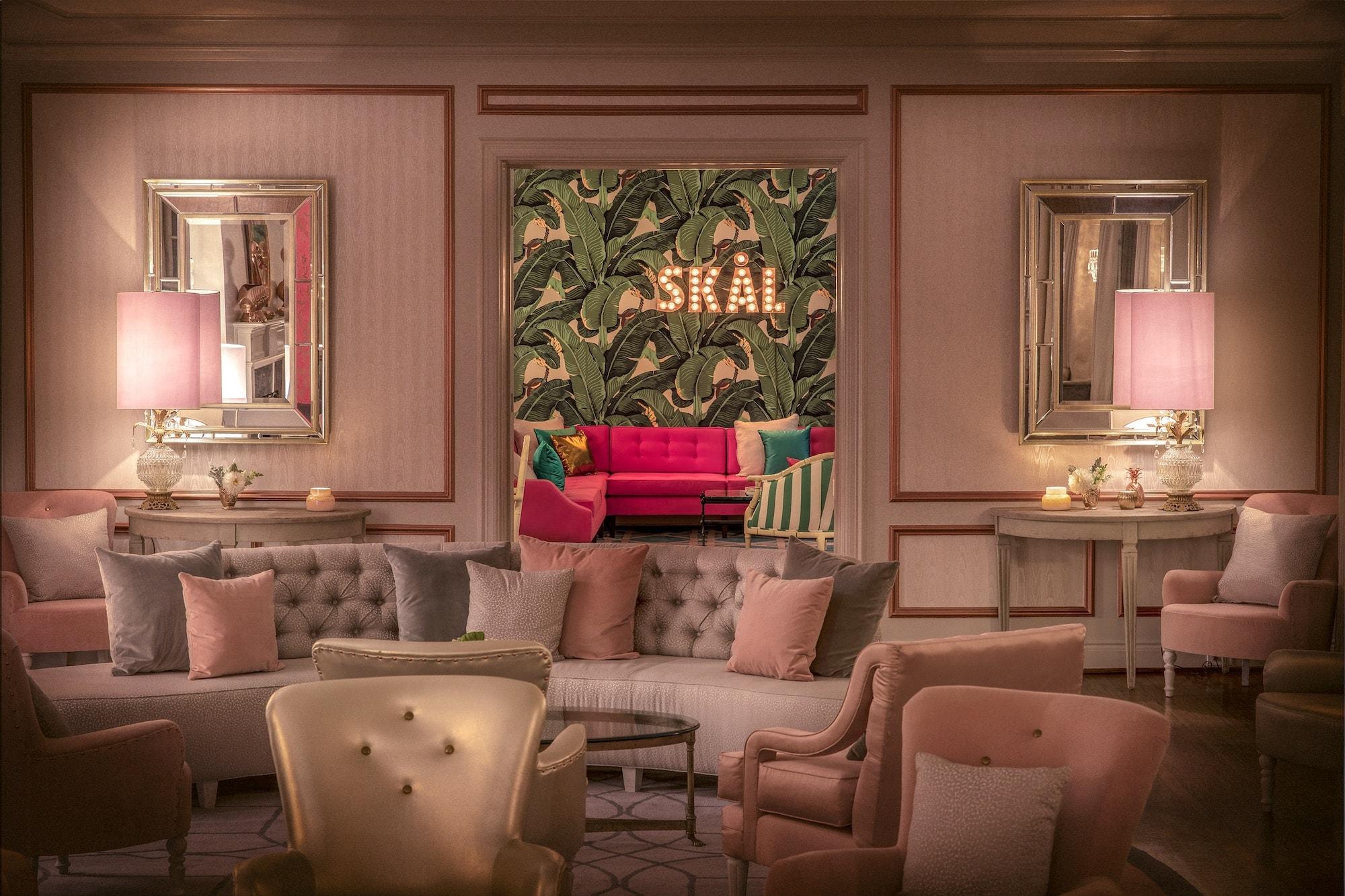 Gatsby Room at the Elyx House LA