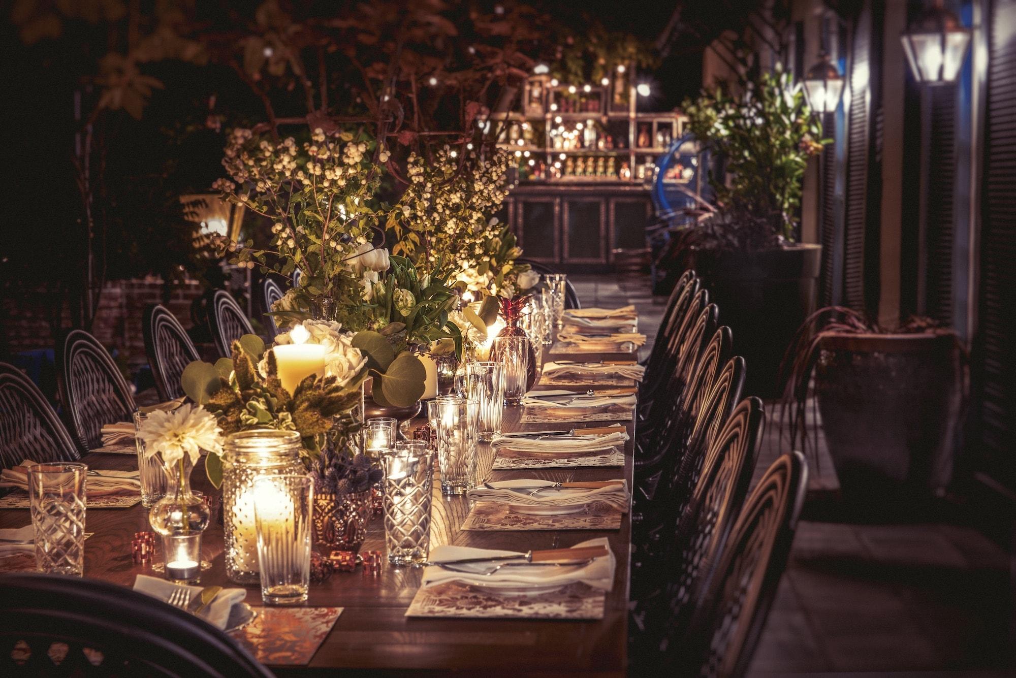 Veranda Bar and Dinner Table at the Elyx House LA